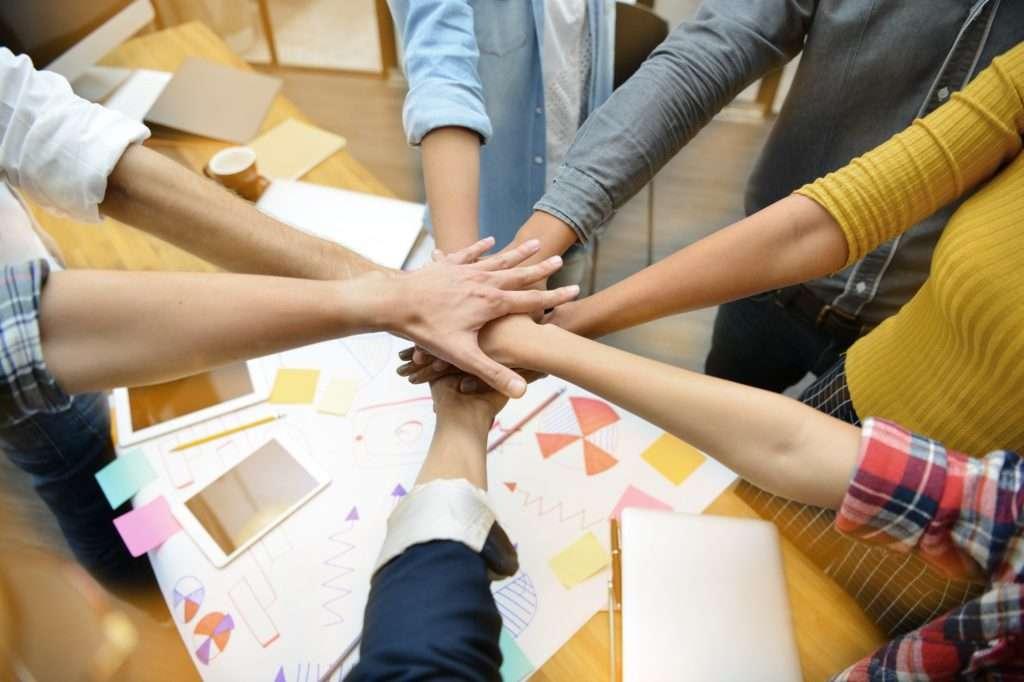 Actividades e Ideias de Team Building Projectadas Para Incentivar o Trabalho de Equipa e a Comunicação Team Dynamics