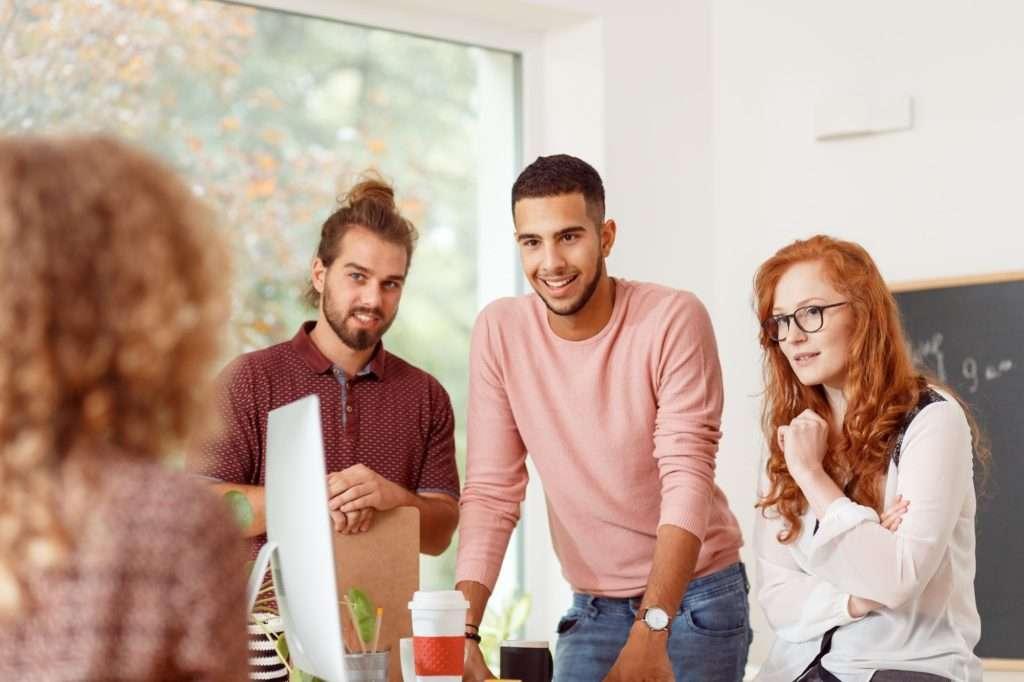 Team Leaders: Como Criar um Local de Trabalho Divertido e Feliz? Team Dynamics